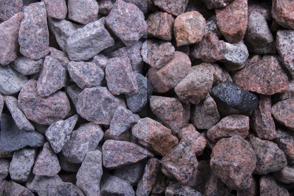 Schottischer Granit Splitt 16-32 mm, 20 kg Sack